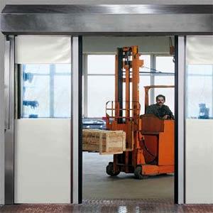 Скоростные ворота Hormann серии H 3530 для внутреннего применения.