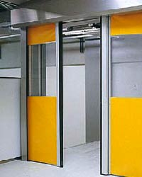 Скоростные ворота Hormann серии H 3530 для внутреннего применения из нержавеющей стали.