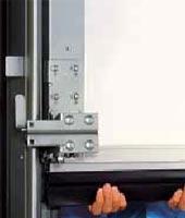 Предохранительный профиль для секционных ворот Hormann compact с автоматическим приводом