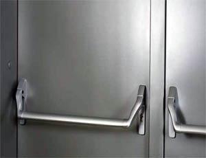 Противопожарные двери Hormann (Херман): гарнитур Антипаника.