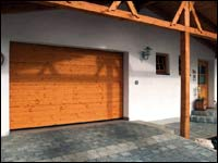 Деревянные секционные гаражные ворота Hormann серии LTH (гофр тип S)