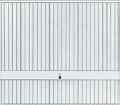 Стальные подъемно-поворотные ворота Hormann Berry. Вертикальный гофр с накладным фризом мотив 941.