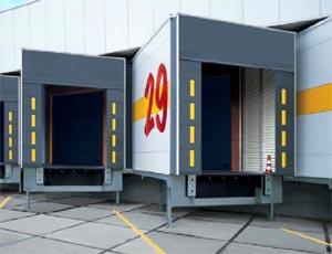 Складское оборудование Hormann: Шлюз-тамбуры Hormann, расположенные под углом.