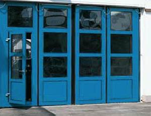 Складные скоростные ворота Hormann серии AFA с калиткой